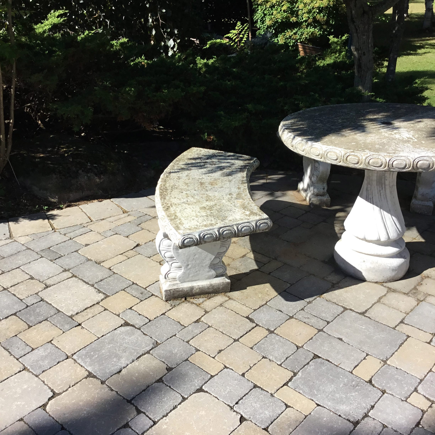 landscaping table chair walkway